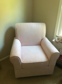 Light pink nursery rocker Fairfax