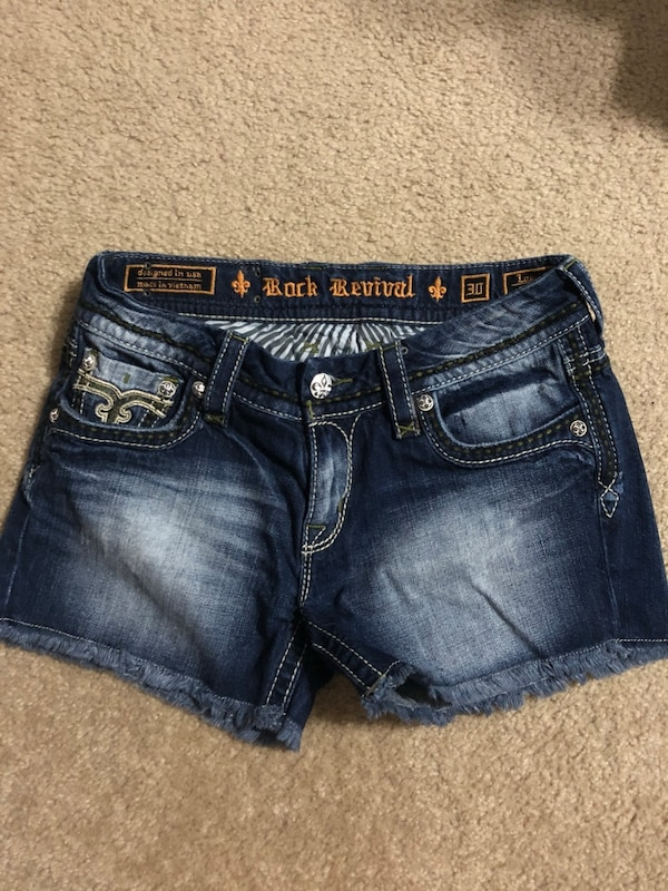 Rock revival shorts fb6ae830-d5e1-4f2d-9058-c413ef01e018