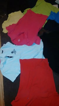two pink and white crew neck shirts Toronto, M6H 3W9