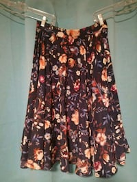 Flowing Floral Skirt Felton, 95018