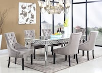 Brand New Mirrored Dining Table! ***TABLE ONLY NO CHAIRS INCLUDED**** Oakville, L6M