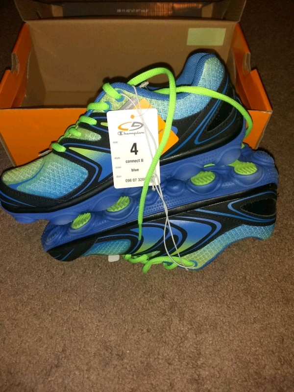 419bced33b11a Used Boys Champion running shoes size 4 for sale in Fort Worth - letgo
