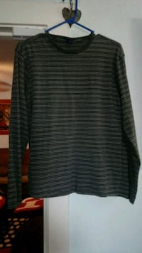 black and gray striped long-sleeved shirt Fountain, 80817