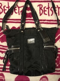 Coach purse . Never used . Excellent condition Pittsburg, 94565