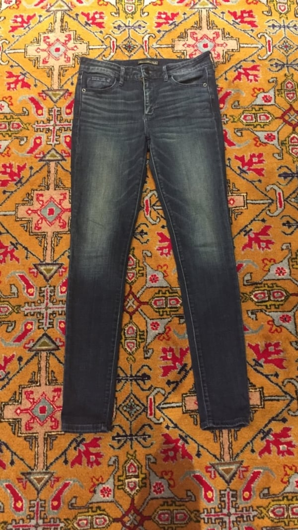 Skinny jeans Abrecrombie and Fitch 987dfbea-414b-4fe9-8b4f-56d11bbd8c2a