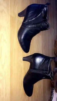 black side-zip leather booties Moncton, E1C