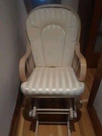 GREAT CONDITION ROCKING CHAIR Toronto, M5T 1H5