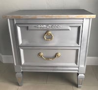 1 Silver/Gold Wood 2 Drawer Nightstand Miami, 33155