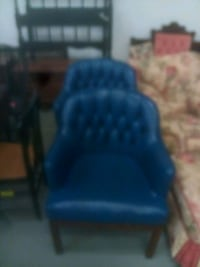 blue and black fabric armchair Springfield, 01105