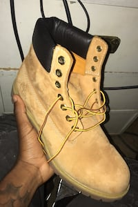 Size 9 Timberlands  Washington, 20018