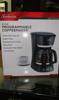 Programmable coffeemaker ( never opened )
