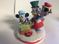 Vintage 1983 Limited Edition Disney A Christmas carol figurine statue xmas holiday winter Minnie Mouse Mickey Scrooge tiny tim  2384 mi
