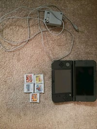 Nintendo 3ds xl 5 games and charger Burnaby, V5A