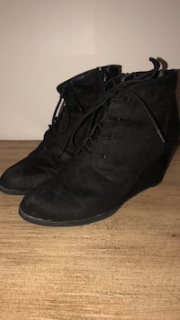 black wedges Youngstown, 44512