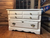 Shabby Chic Cedar Chest w/removable tray Nolensville, 37135