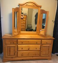 Dresser and mirror Barrie, L4N 6G4