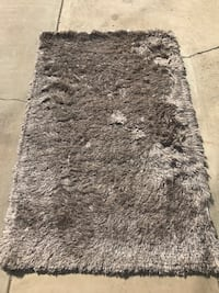3X5 Area Rug - NEW