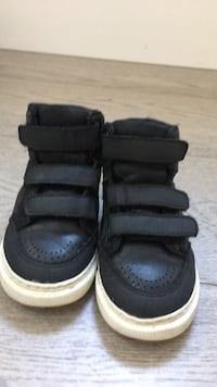 Gap high top kids shoes Vancouver, V5K 1K6