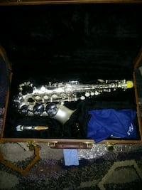 black and gray clarinet with case Alexandria, 22306