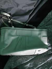Coach purse! Windsor, N9B 2Z9