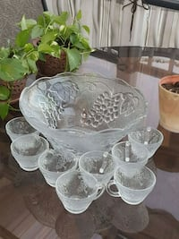 clear glass bowl and cups Laval, H7V 2H4