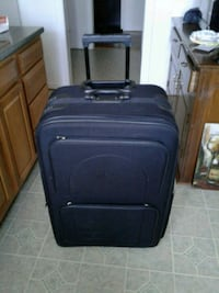 Travel suitcase on wheels Hagerstown, 21740