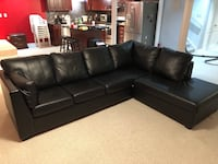 Black leather Sectional couch  Brampton, L6Y 0N7