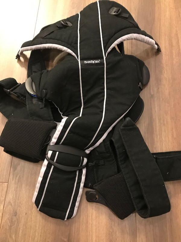 13fdb1e73ac Used EUC baby bjorn miracle for sale in Vancouver - letgo
