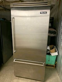 VIKING PROFESSIONAL stainless steel refrigerator