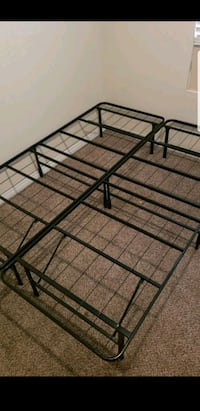 One size fits all bedframe Palmdale, 93551
