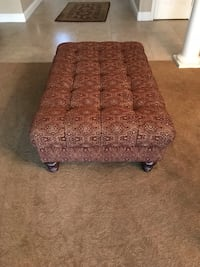 Ottoman/ Coffee Table Tracy, 95304