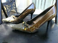 pair of brown leather pointed-toe pumps Sparks, 89434