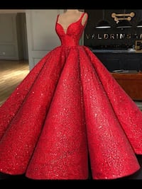 Very puffy red gown comes with free men matching suits , scroll down for more infor and pictures Brampton, L6Z 0B4