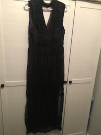 Size large lace maxi dress  Edmonton, T5S