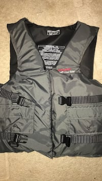 Life Vest, great condition Germantown, 20874