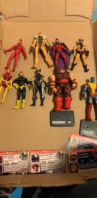 "Marvel Universe 3.75"" Figurine Toy Lot - Some rare including Sabretooth and Magneto Toronto, M5V 2B5"