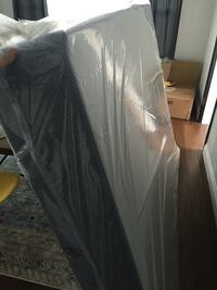 Queen Box Spring (Unopened New!) Los Angeles, 90019