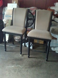 TWO COUNTER CHAIR,S Chattanooga