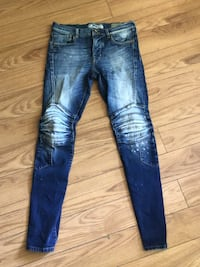 blue denim distressed denim jeans Winnipeg, R2P 0K4