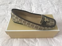 Authentic Michael Kors shoes size 9.5 brand new with tag and box  Mississauga, L5M 6T2