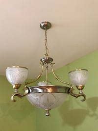 Beautiful chandelier and ceiling light in excellent condition  572 mi