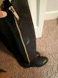 Size 8  women's knee high Aldo boots