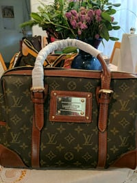 brown Louis Vuitton Monogram leather tote bag Concord, 94518