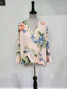 Floral wrap blouse size small