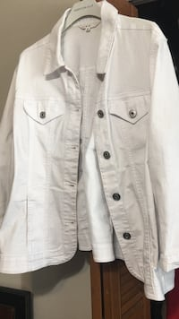 White denim jacket xxl St Albert, T8N 1H9