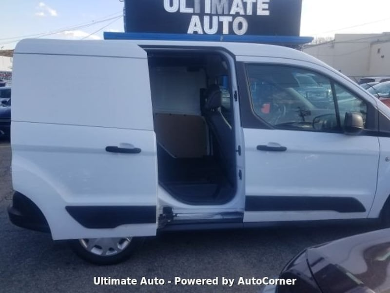 Ford Transit Connect 2017 292b38aa-a348-4742-a7e1-7a7fda5a52e7