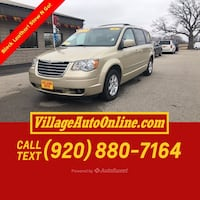2010 Chrysler Town & Country Touring Plus Green Bay, 54313