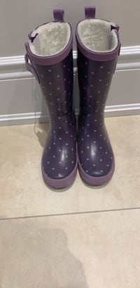 Rain boot with faux fur lining