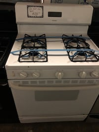 Hotpoint Gas stove   Baltimore, 21223