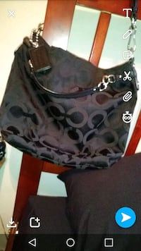 Black coach purse Bakersfield, 93309